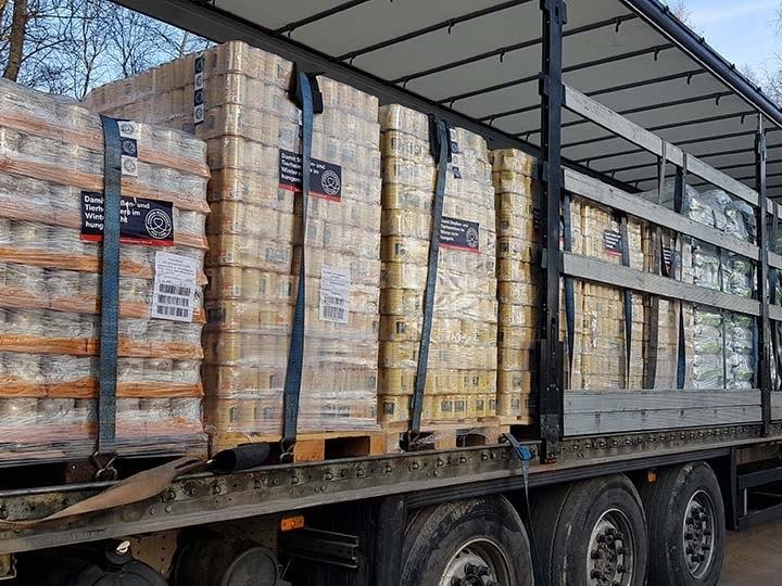 Pfoten in Not e.V.-Futterspendenankunft-februar-2020-Spenden-Marathon-2019-Lettland (4)