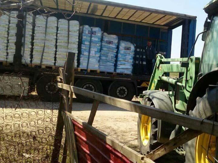 Tierseelenrettung e.V.-Futterspendenankunft-april-2020-Spenden-Marathon-2019-Rumänien (1)
