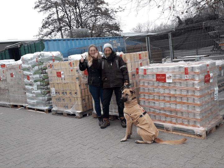 Tierschutzverein-Tierheim-Viernheim-e.V.-Futterspendenankunft2019-Spenden-Marathon2018-Deutschland(1)